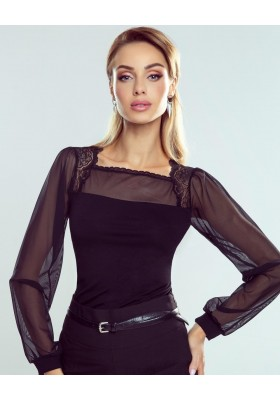 Блузка с модными рукавами